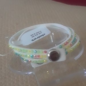 Claire's Accessories - Rainbow rhinestone leather bracelet. Bx20-2017